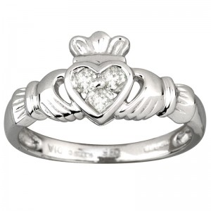 white-gold-claddagh-ring-sale